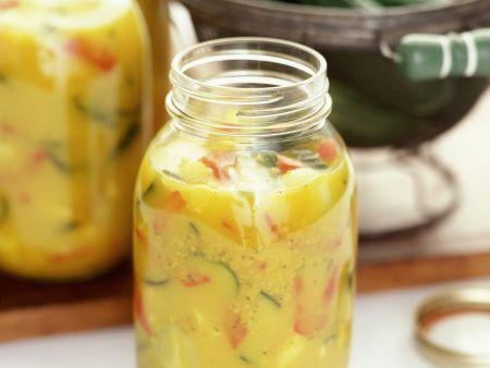 Pikantes Senf-Gurken-Relish