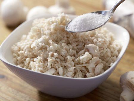 Pilzhackbraten in Rahmsauce: Zubereitungsschritt 1