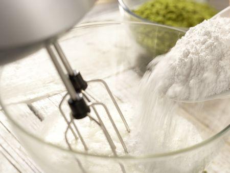 Pistazien-Kokos-Makronen: Zubereitungsschritt 2