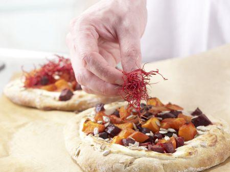 Pizza mit Roter Bete: Zubereitungsschritt 13