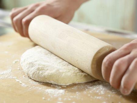 Pizza mit scharfem Auberginen-Ragout: Zubereitungsschritt 8