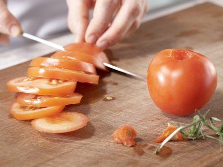 Polenta-Pizza mit Tomaten: Zubereitungsschritt 3