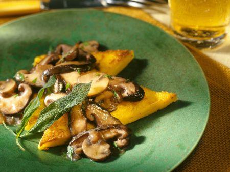 Rezept: Polentaschnitten mit Pilzen und Salbei
