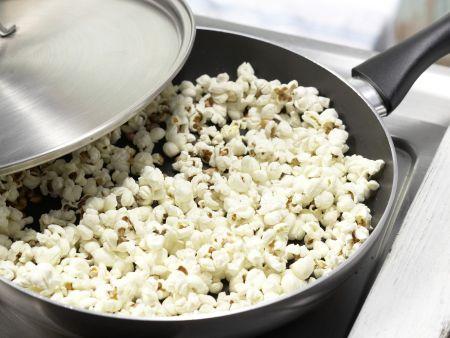 Popcorn-Müsli mit Rosinen: Zubereitungsschritt 2