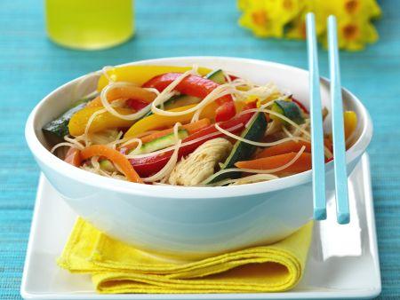 Pute mit Gemüse und Asia-Nudeln