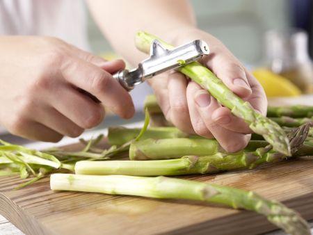 Putenroulade auf Spargelsalat: Zubereitungsschritt 1