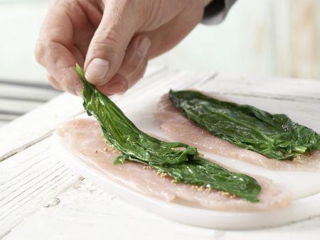 Putenrouladen auf Blattspinat: Zubereitungsschritt 5