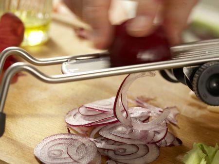 Putenstreifen auf buntem Salat: Zubereitungsschritt 7