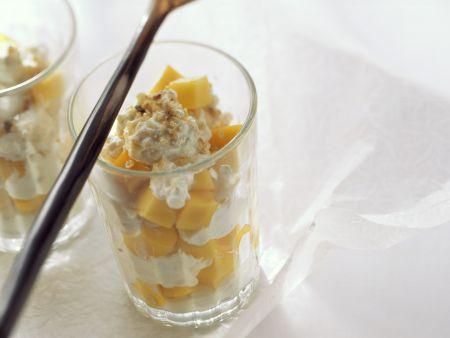 Quark-Mango-Dessert mit Haferflocken