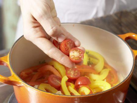Quarkklöße auf Paprikagemüse: Zubereitungsschritt 7