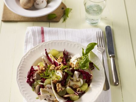 Radicchio-Pilz-Salat mit Trauben