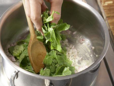 Radieschen-Kartoffel-Suppe: Zubereitungsschritt 4