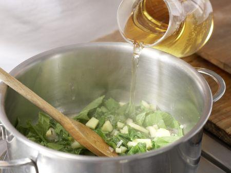 Radieschen-Kartoffel-Suppe: Zubereitungsschritt 5