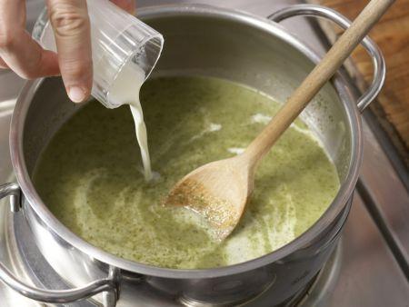 Radieschen-Kartoffel-Suppe: Zubereitungsschritt 7