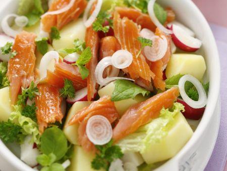 Räucherlachs-Kartoffelsalat