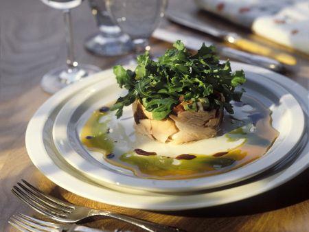 Räucherlachs mit Salat und Salsa