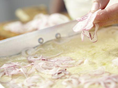 Pizza mit Räucherlachs: Zubereitungsschritt 7