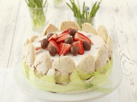 Raffinierte Ostertorte mit Erdbeeren