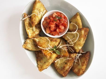 Rezept: Ravioli aus der Pfanne mit Tomatensugo