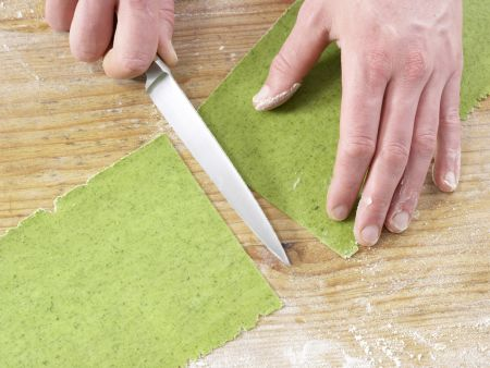 Ravioli mit Hähnchenfüllung: Zubereitungsschritt 7