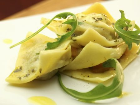 Rezept: Ravioli mit Kürbisfüllung dazu Rucola