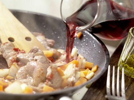 Rehrücken mit Kräuter-Nuss-Kruste: Zubereitungsschritt 10