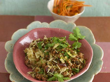 Reis mit Hackfleisch vom Lamm, Datteln, Pistazien und Petersilie