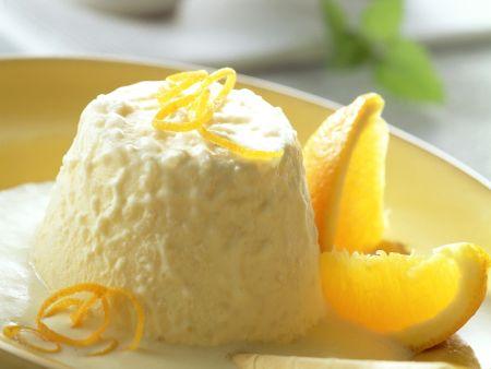 Reis-Parfait mit Orangensoße