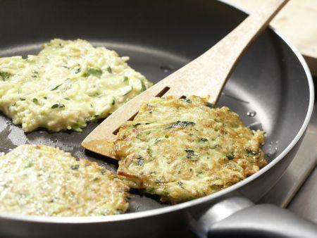 Reis-Zucchini-Puffer: Zubereitungsschritt 5