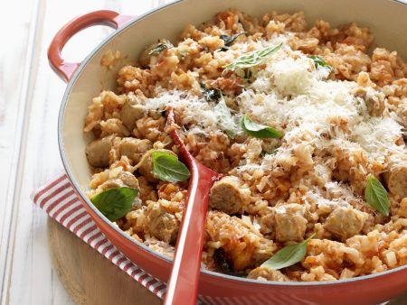 Reispfanne mit Würstchen