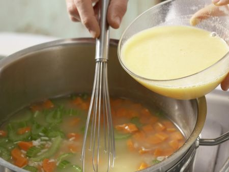 Reissuppe auf griechische Art: Zubereitungsschritt 7