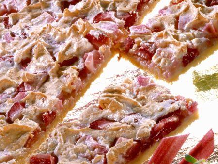 Rhabarber-Erdbeer-Blechkuchen