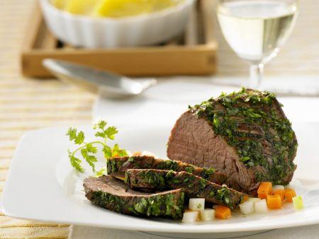 Rinderfilet mit Kräuterhülle und Kartoffelauflauf