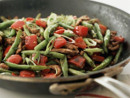 Rinderstreifenpfanne mit Paprika und grünen Bohnen
