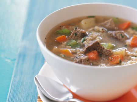 Rindfleisch-Gemüsesuppe mit Graupen