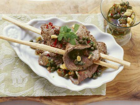 Rindfleisch mit Kapern-Dressing