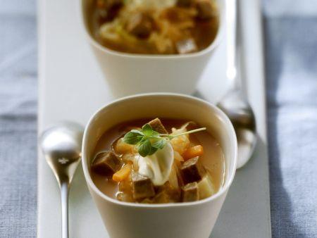 Rindfleisch-Sauerkrautsuppe