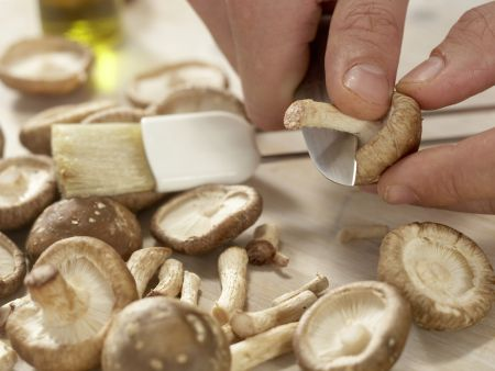 Rindfleisch-Shiitake-Wok: Zubereitungsschritt 1