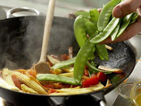 Rindfleisch aus dem Wok: Zubereitungsschritt 10