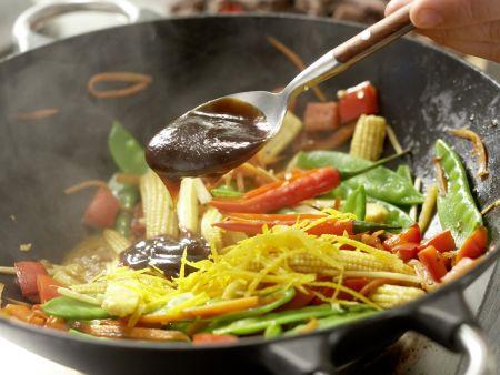 Rindfleisch aus dem Wok: Zubereitungsschritt 12