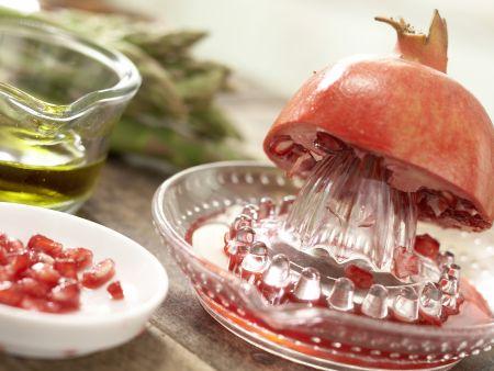 Rindfleischspieße mit grünem Spargel: Zubereitungsschritt 3
