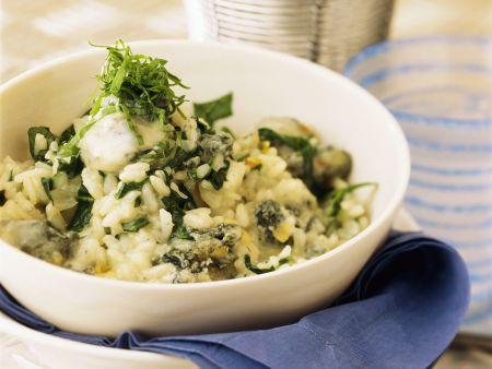 Risotto mit Spinat und Blauschimmelkäse