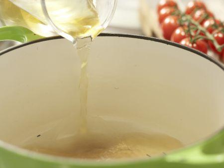 Risotto mit Tomaten: Zubereitungsschritt 1