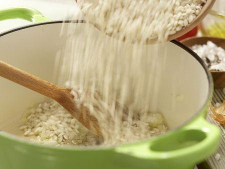 Risotto mit Tomaten: Zubereitungsschritt 4