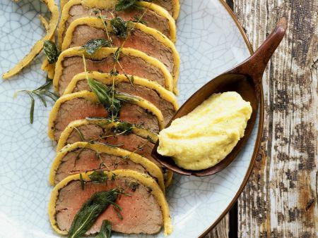 Roastbeef mit Pecorinohaube dazu Polenta