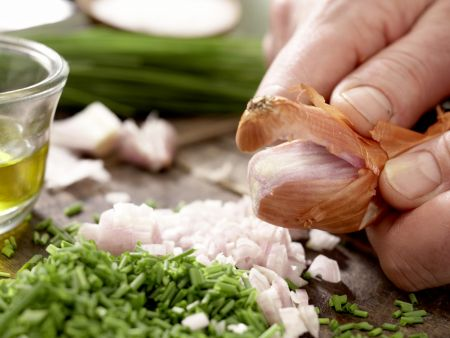 Rochenflügel mit Kapernsauce: Zubereitungsschritt 2