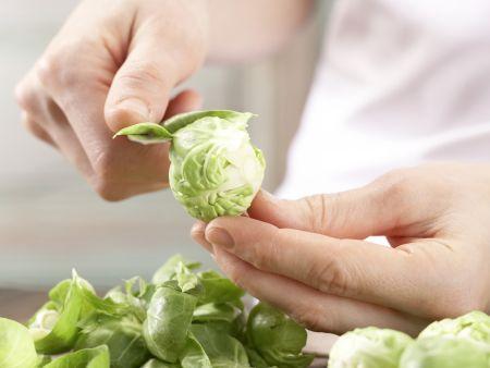 Rosenkohl-Pasta: Zubereitungsschritt 1