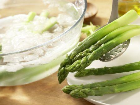 Rotbarbe auf Salate-Mix: Zubereitungsschritt 4