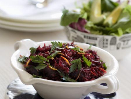 Rote-Bete-Salat mit Petersilie