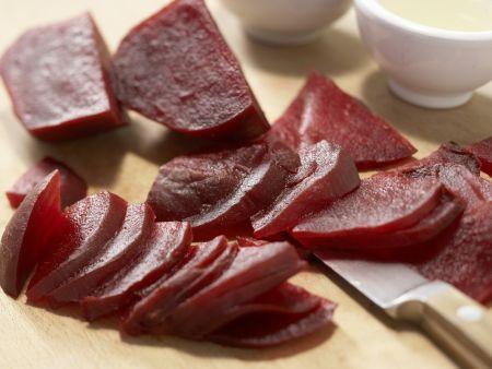 Rote-Bete-Salat mit Putenbrust: Zubereitungsschritt 3